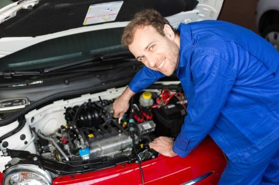 mecánico de coches