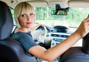 Los espejos retrovisores obligatorios en tu vehículo