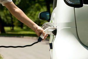 Plan MOVES: Ayudas y qué coches tienen descuento